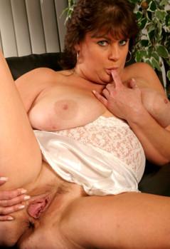 Phone Janey (61)
