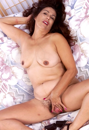milf gilf sex text UK