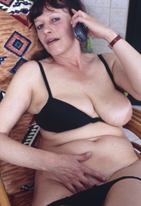 uk gilf sms sex contacts