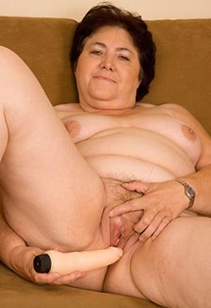 Phone Hilda (55)